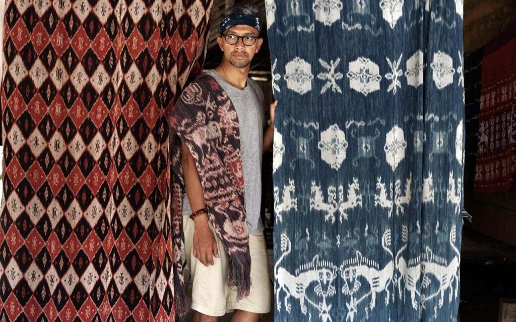 Keindahan kain tenun ikat Sumba Timur - Didiet Maulana